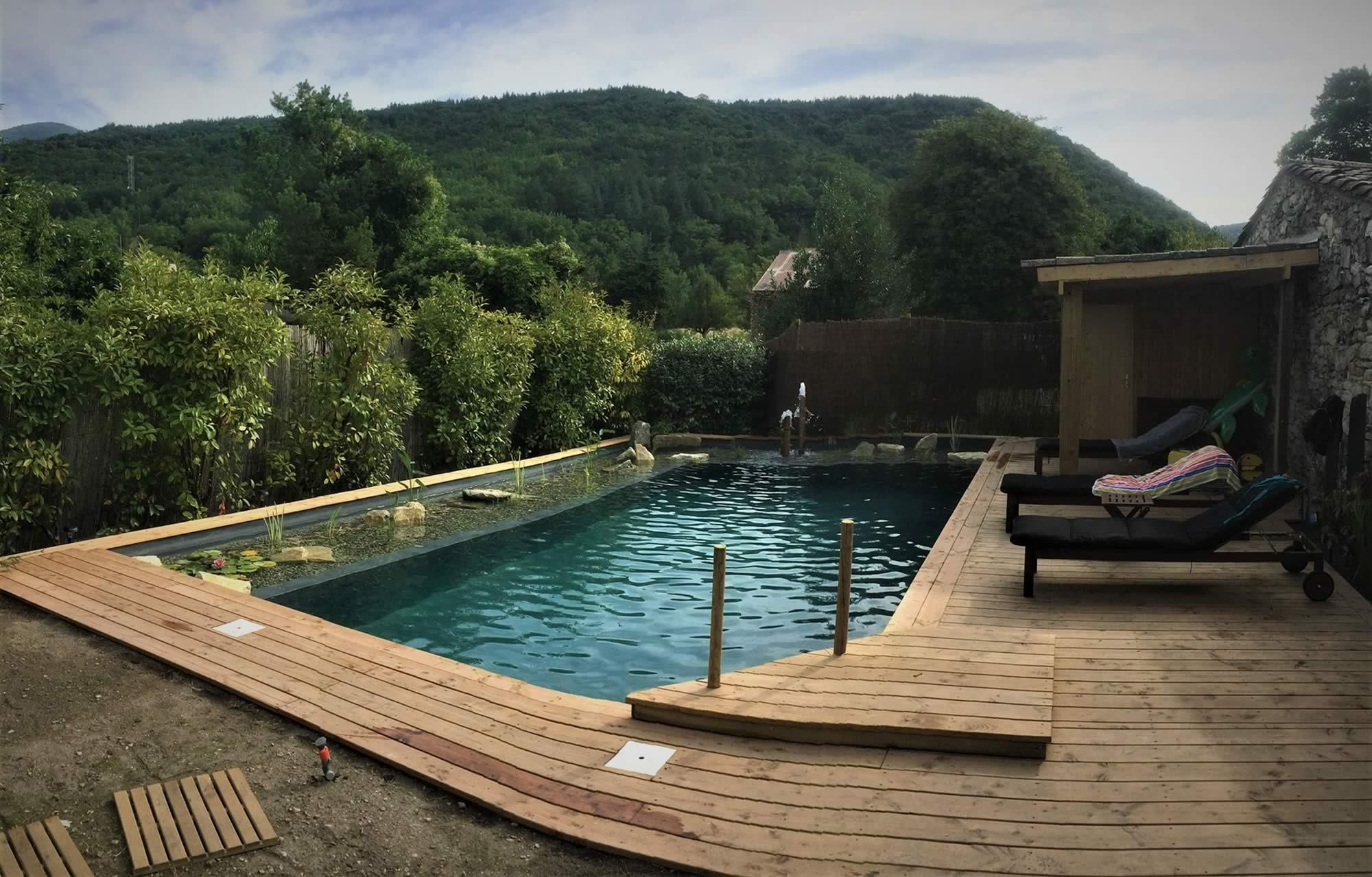 Slide-1-Les-Jardins-en-Cascades-Paysagiste-Drome-bassin-naturel