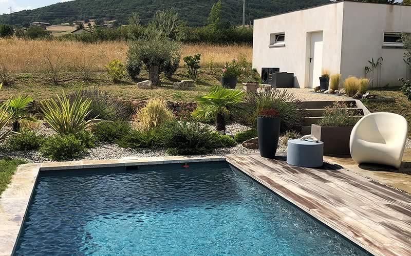 Les Jardins-en-cascades-piscine