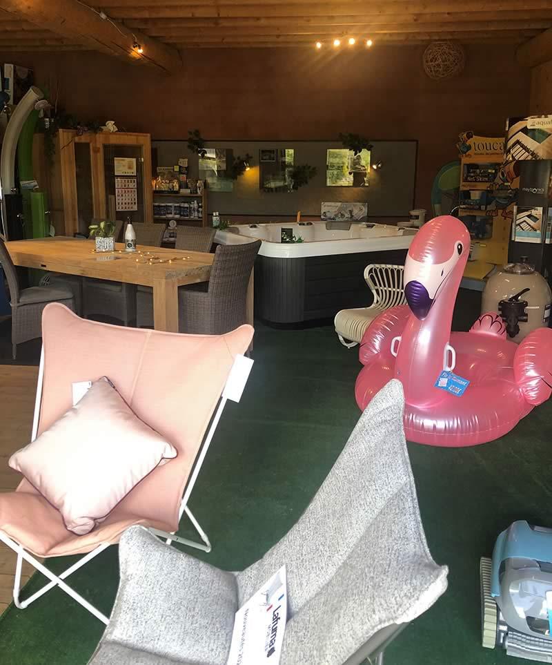 Page-Showroom-bandeau-1-Les-jardins-en-Cascades-produits-entretien-piscine-Showroom
