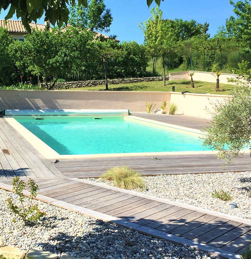 Page-activite-Piscines-Realisation-2-Les-Jardins-en-Cascades-constructeur-piscine-drome-