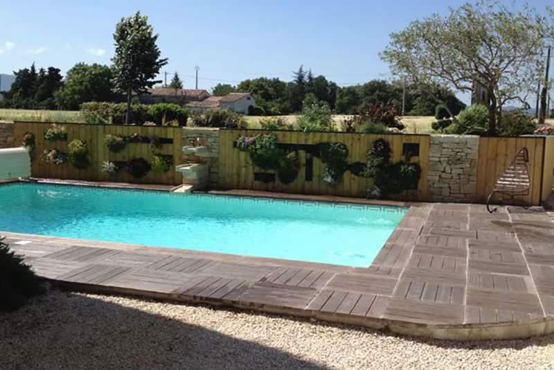 Page-activite-Piscines-Realisation-3-Les-Jardins-en-Cascades-constructeur-piscine-drome