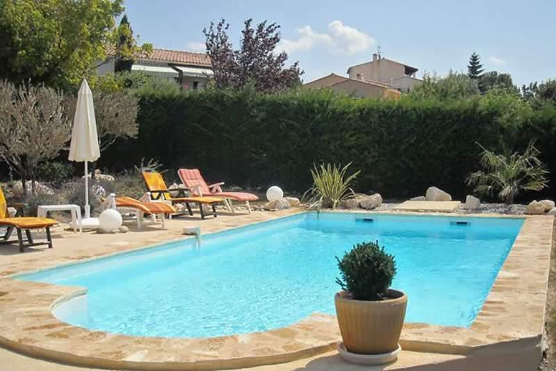 Page-activite-Piscines-Realisation-9-Les-Jardins-en-Cascades-constructeur-piscine-drome