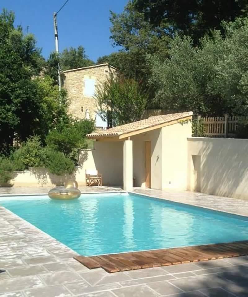 Page-entreprise-Bandeau-1-image-2-Les-Jardins-en-Cascades-paysagiste-pour-piscine-piscine-pool-house